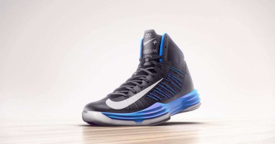 Nike – Exploding Shoe